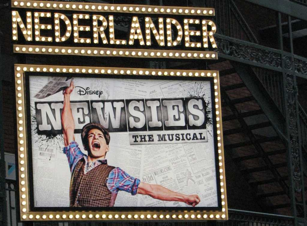 Review%3A+Broadway%27s+Newsies