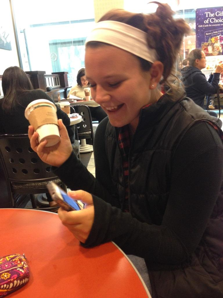 Armed+with+her+seemingly+omnipresent+cup+of+Starbucks%2C+Elise+Doubet+%28%2714%29+is+in+this+week%27s+fashion+spotlight.++