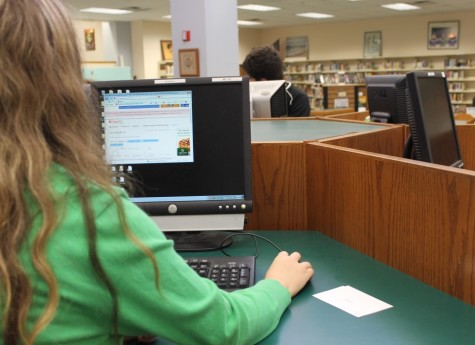A student uses Easy Bib to help format citations correctly.