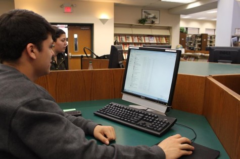 Students use the current technology in the GRHS Media Center, yet many have asked for a change.  (Photo Credit: Rebecca Jacobs)