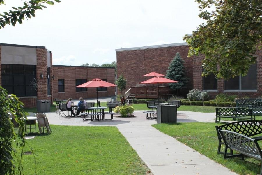 With the cafeteria sides switched, students now have the choice to sit in the courtyard, gym or cafeteria.