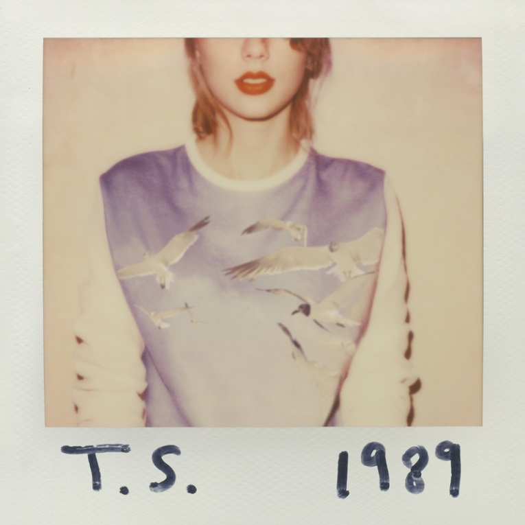 Taylor Swift's new album, 1989, sold 1.287 copies within only one week of its release date.