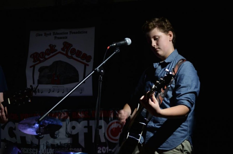 Erik Vreedenburgh ('17) has performed on stage numerous times. This is when he performed at the Rock House.