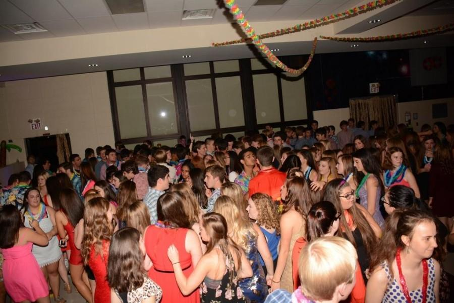 Students dance at the 2014-2015 Homecoming Dance.