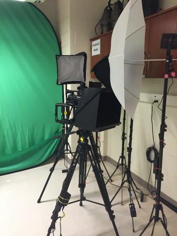 Glen Rock introduces Broadcast Media class