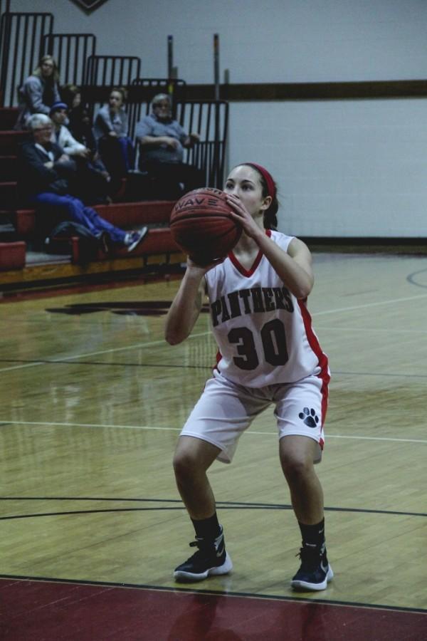 Allie Denenberg focuses on the basket.