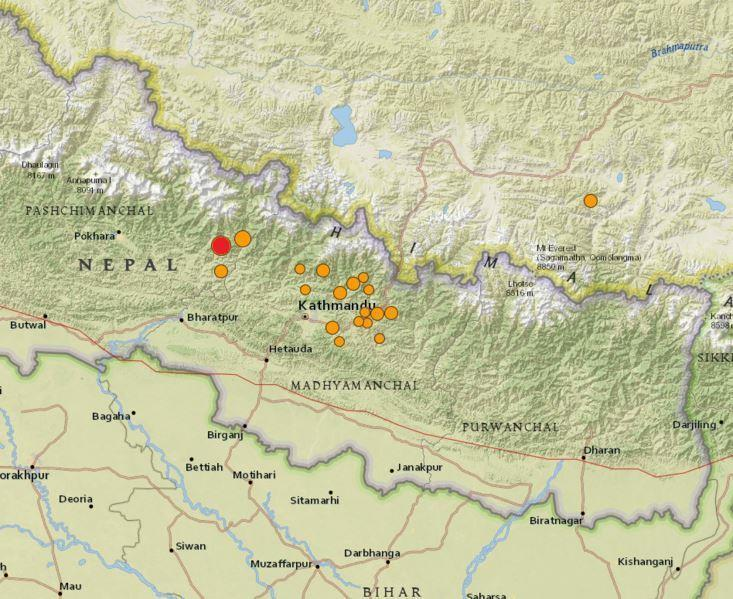 A USGS map of the April Earthquake. The fist quake is in red and after shocks in orange.