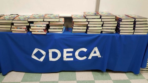 DECA club participates in role play competition