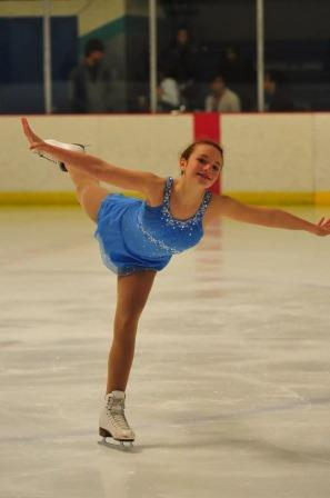 Before beginning the routine at the Eastern Synchronized Skating Championship in 2014, each skater was asked to introduce themselves with the beginning pose.