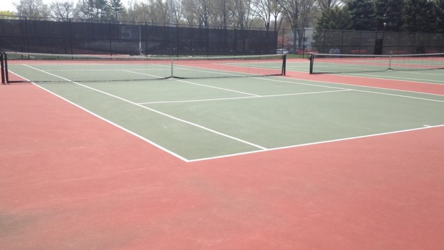 Boys' tennis starts season out strong