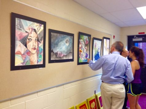 Parents, students, and faculty were free to walk through the halls during Glenstock to see the artwork being shown.