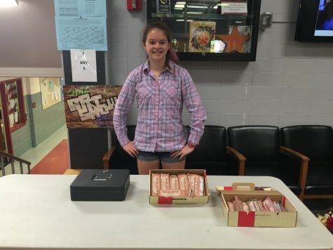 Sophomores sell chocolate bars to raise money