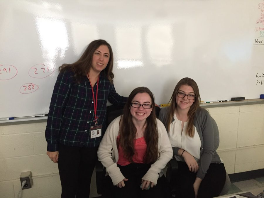 To+begin+the+class+period+student+teachers+Kathleen+Connor+%28left%29+and+Megan+Stoddard+%28right%29+ask+Mrs.+Katherine+Bennin%E2%80%99s+students+to+take+out+their+phones+and+participate+in+an+online+quiz+they+have+prepared+on+kahoot.it.