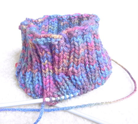 A new knitting club could help hospitalized children find comfort and security.