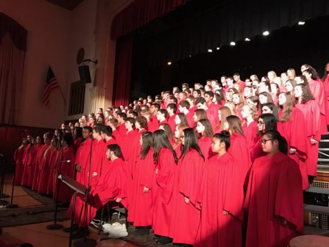 Choir and band students join together for Winter Concert
