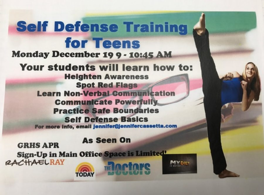 Cassetta taught a group of junior and senior girls how to stay aware and protect themselves in her self-defense class.