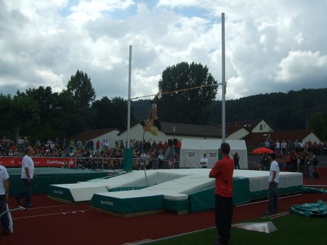 After breaking school record, junior pole vaulter claims second at County Championship