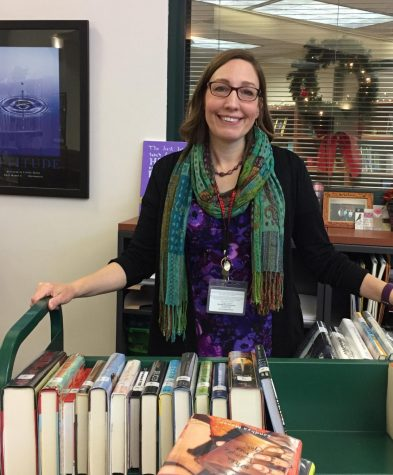 Media center specialist organizes new Library Club