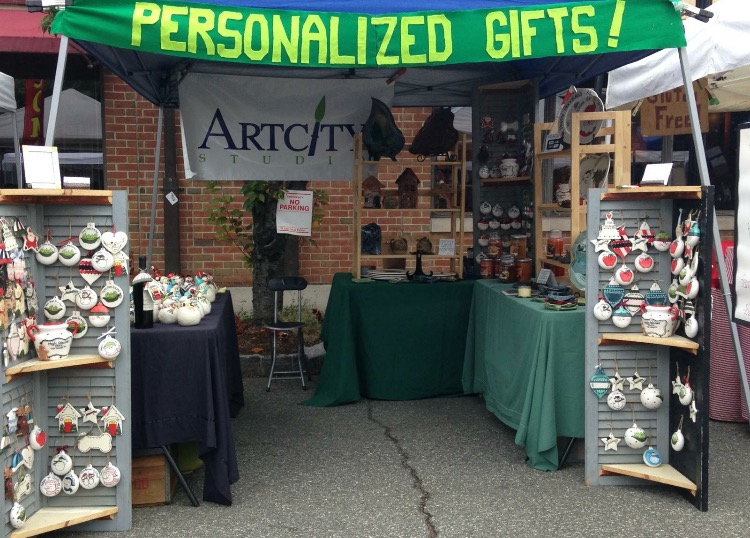 The+Art+City+Studio+booth+at+one+of+Glen+Rock%27s+annual+Fall+Festivals.+One+way+for+Barb+to+market+her+artwork+is+through+public+showcases.