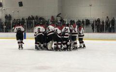 Boys' ice hockey prepares for upcoming season