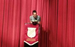 Nationally recognized poet performs reading