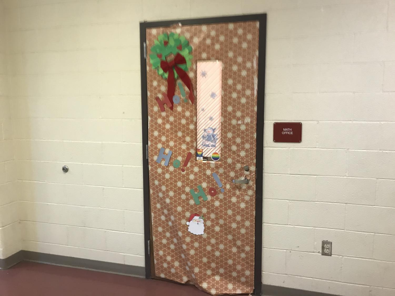 The+Math+Office+door%2C+decorated+with+a+wreath.